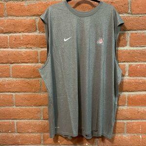 Men's Sleeveless Tank. Nike